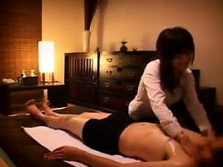 Unartificial massage throw a spanner into the works out to hardcore fucking