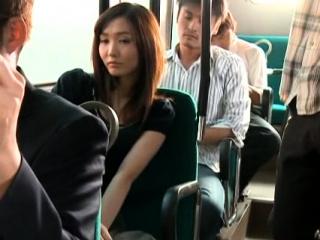 Horny eastern Nono Mizusawa craves for chopper