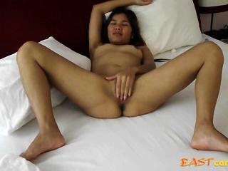 Jaripha Suticost legs treeless Masturbates in advance sex.