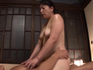 Excited east mature gets her mouth and pussy fucked