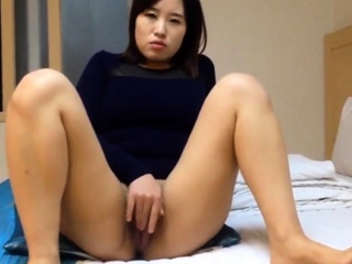 Yes Beautiful Korean girl's juicy pussy with the addition of sex